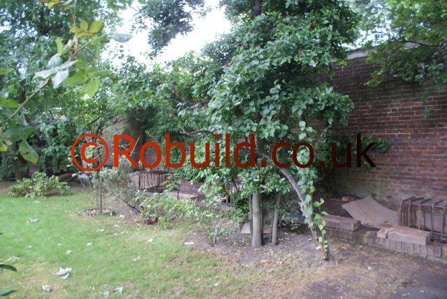 garden brick wall London